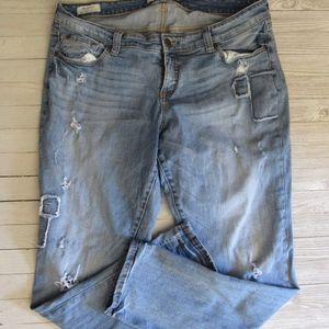 TORRID Boyfriend Jeans Sz 16 Distressed